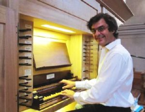 Laurent CARLE à l'orgue de Saint Pierre d'Albigny